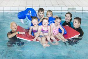 zwemschool-kablau-wie-is-wie